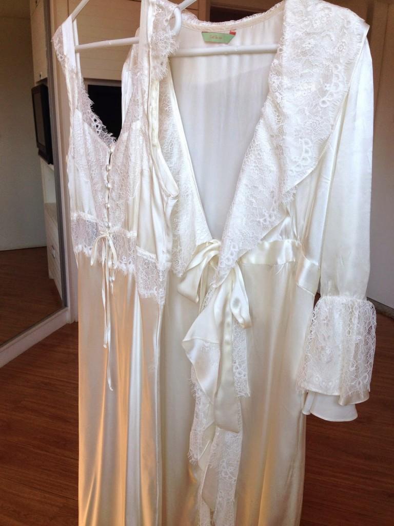 327a80450 Fiz um conjunto rosa seco e o outro branco e apesar de falar que são  camisolas de maternidade depois dá para usar tranquilamente em casa