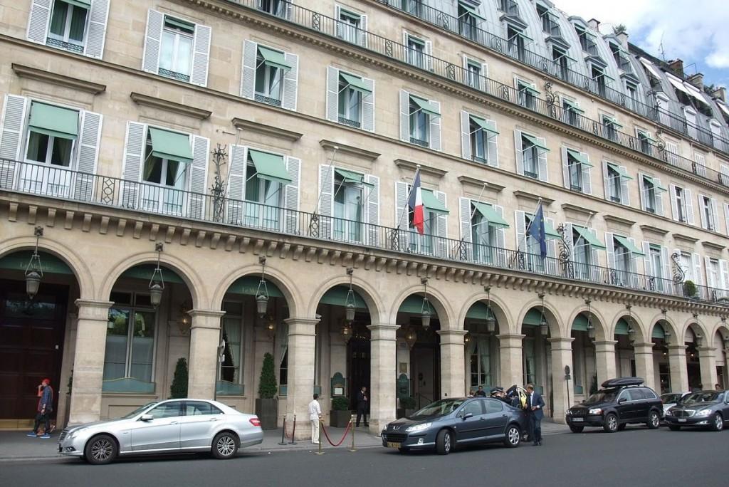 1200px-Hôtel_Meurice_-_Paris