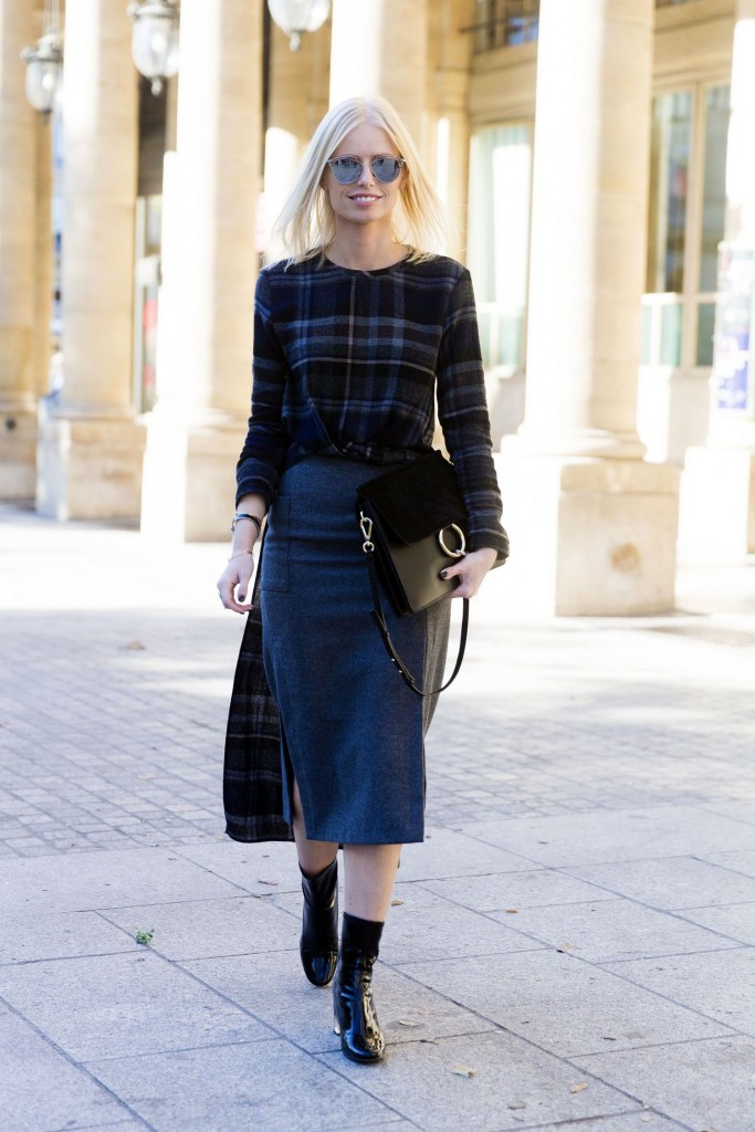 cold-weather-winter-interview-outfit-pencil-skirt-plaid-top-main