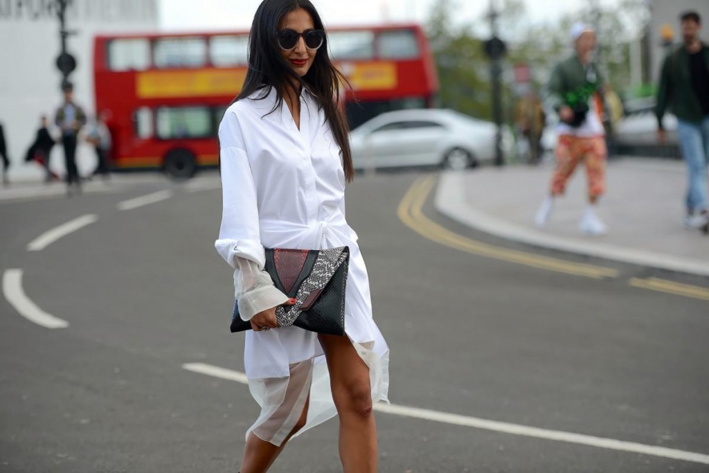 thestreetmuse_womenswear_fashion_streetstyle_photography_by_melaniegalea_in_london_with_muse_nausheen-shah_in_white_shirt_sunglasses_clutch-20160202253609